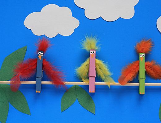 Птички на жердочке