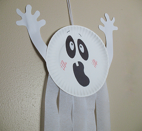 paper-plate-ghost-1