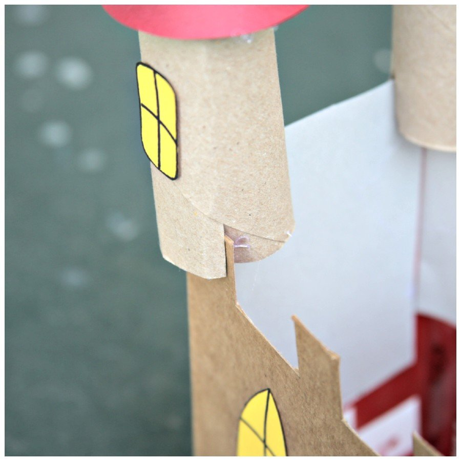 recycled-cardboard-castle-craft-towers-900x900