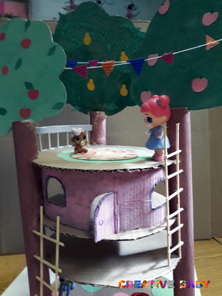 Домик на дереве из картона