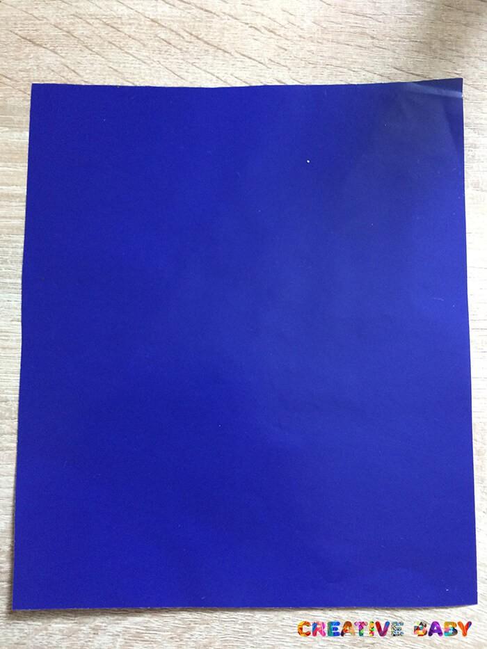 Медуза из самодельной цветной бумаги